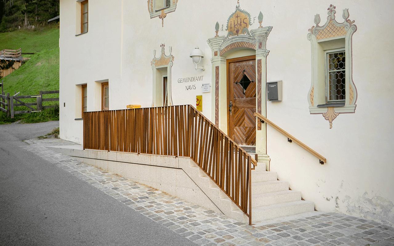 Treppenaufgang -Gemeinde Navis - Hautz